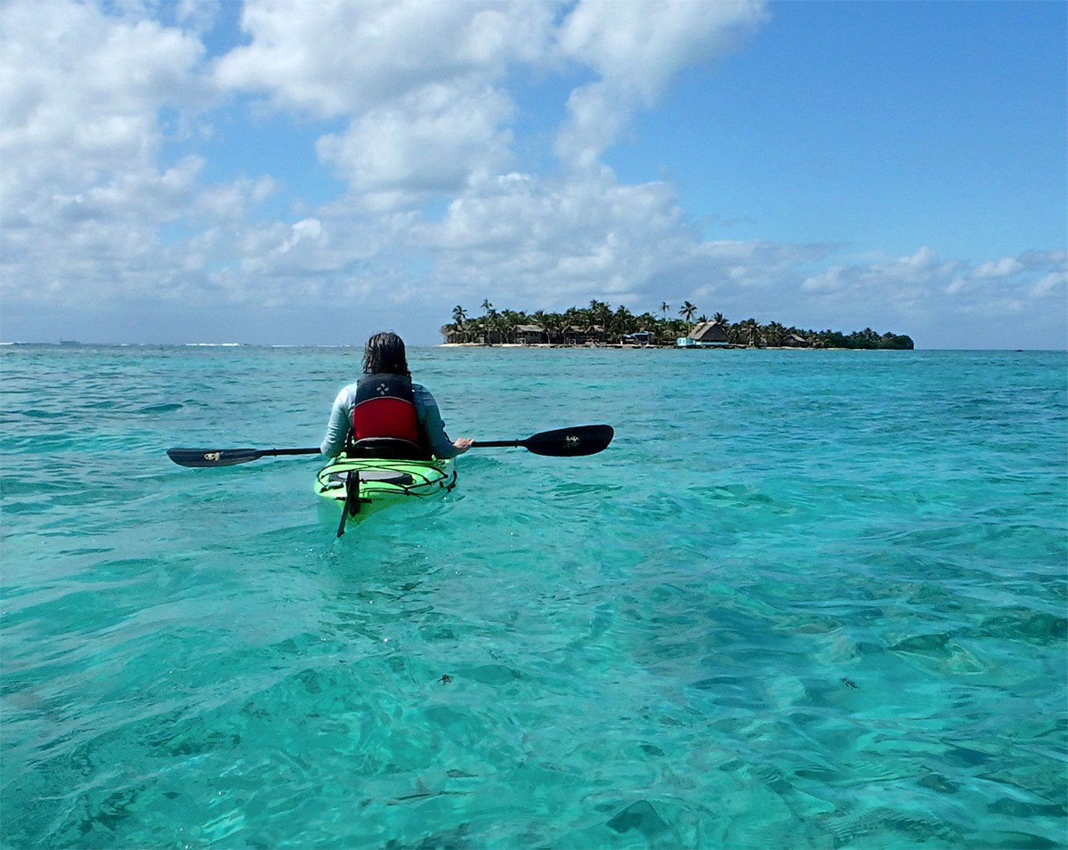 belize island kayak