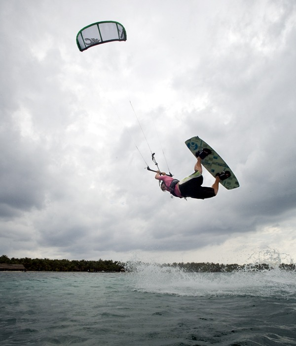 Glover's Reef Atoll, the perfect Belize kitesurf location