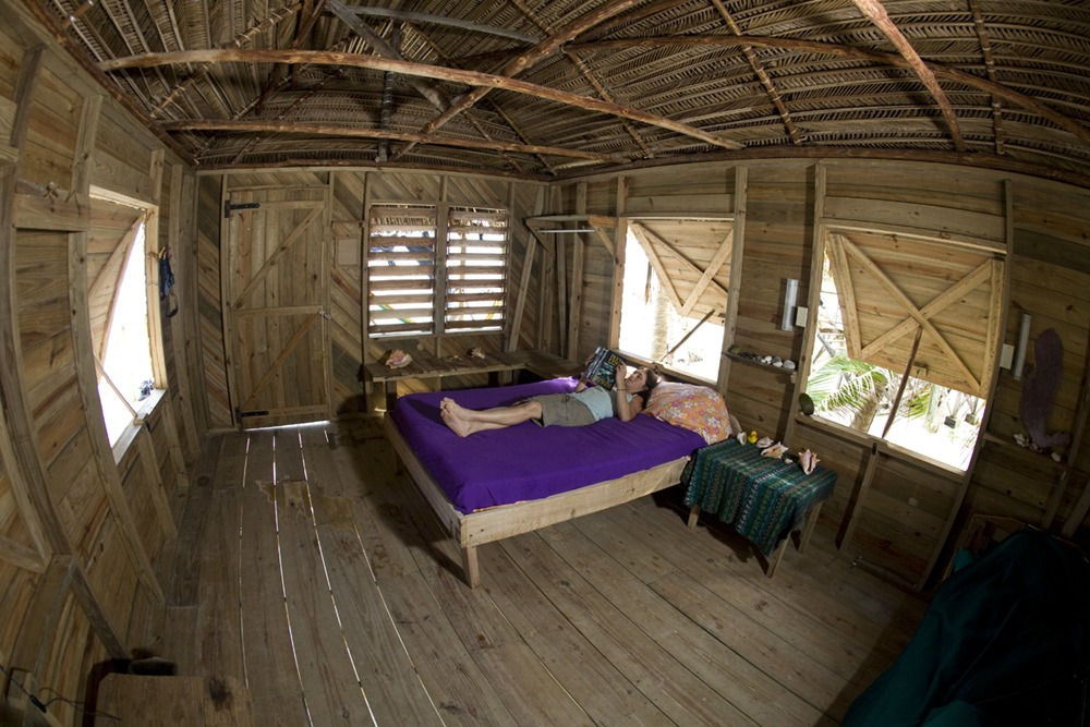 You will love your Long Caye cabana!