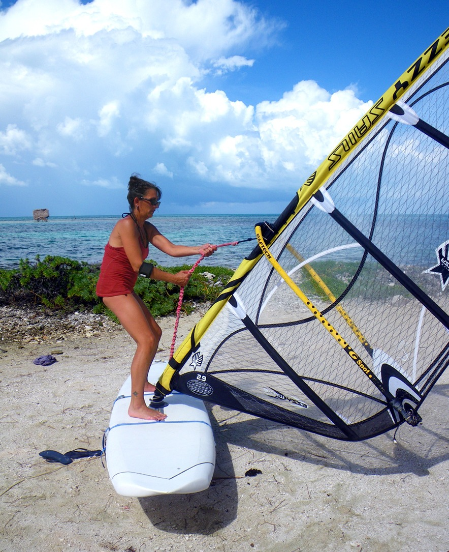 Windsurf lessons are easy with the trainer