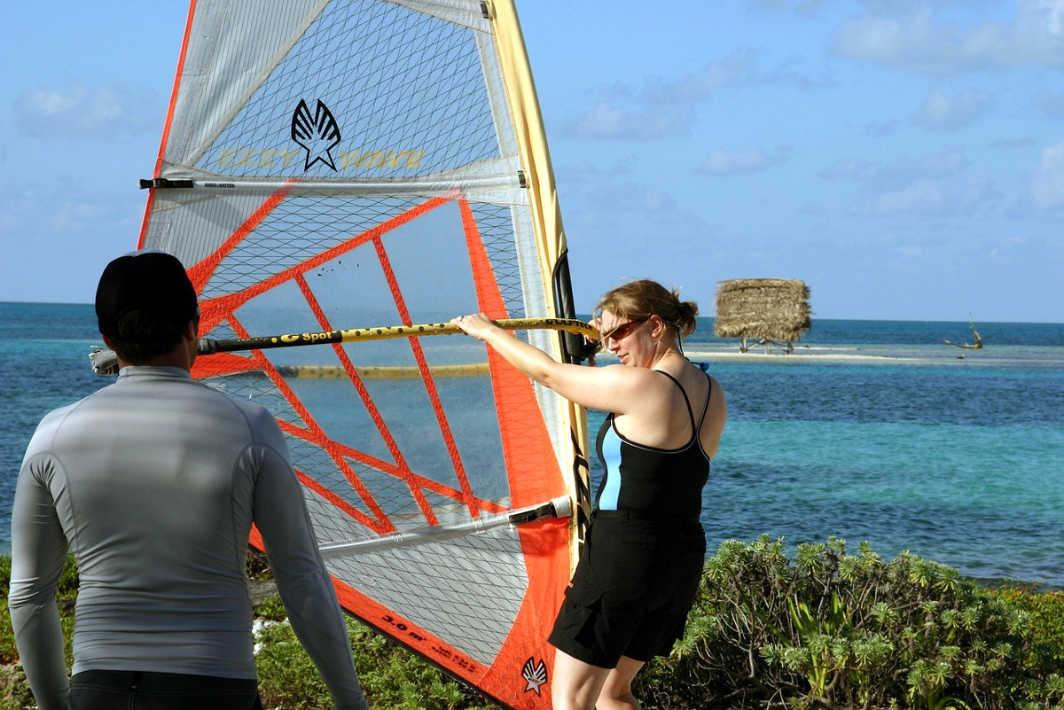 Windsurf lessons with professional instructors