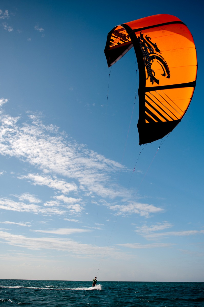Bring two kites when you come, 9 and 12 Dec - Feb; 12 and 14 March and April