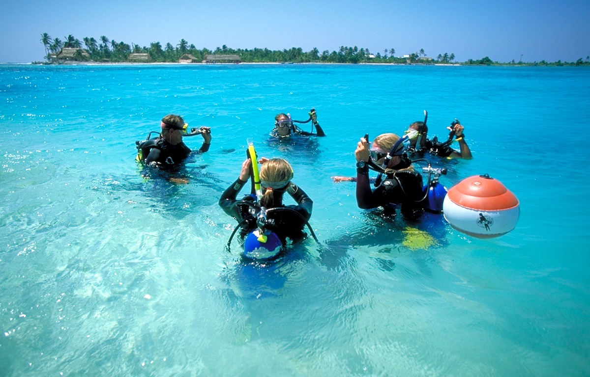 Confined water training, Long Caye at Glover's Reef