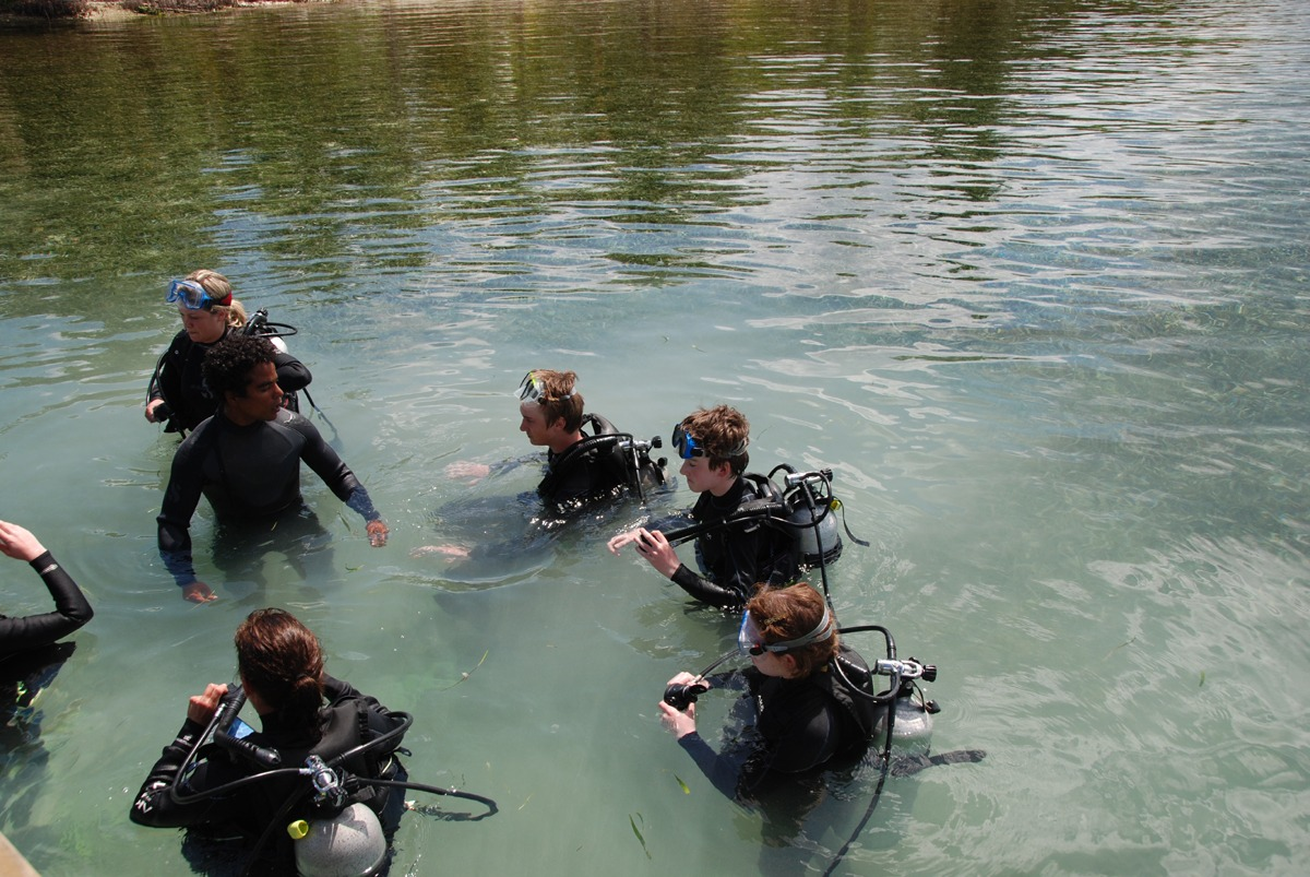 Skills portion of Discover Scuba course