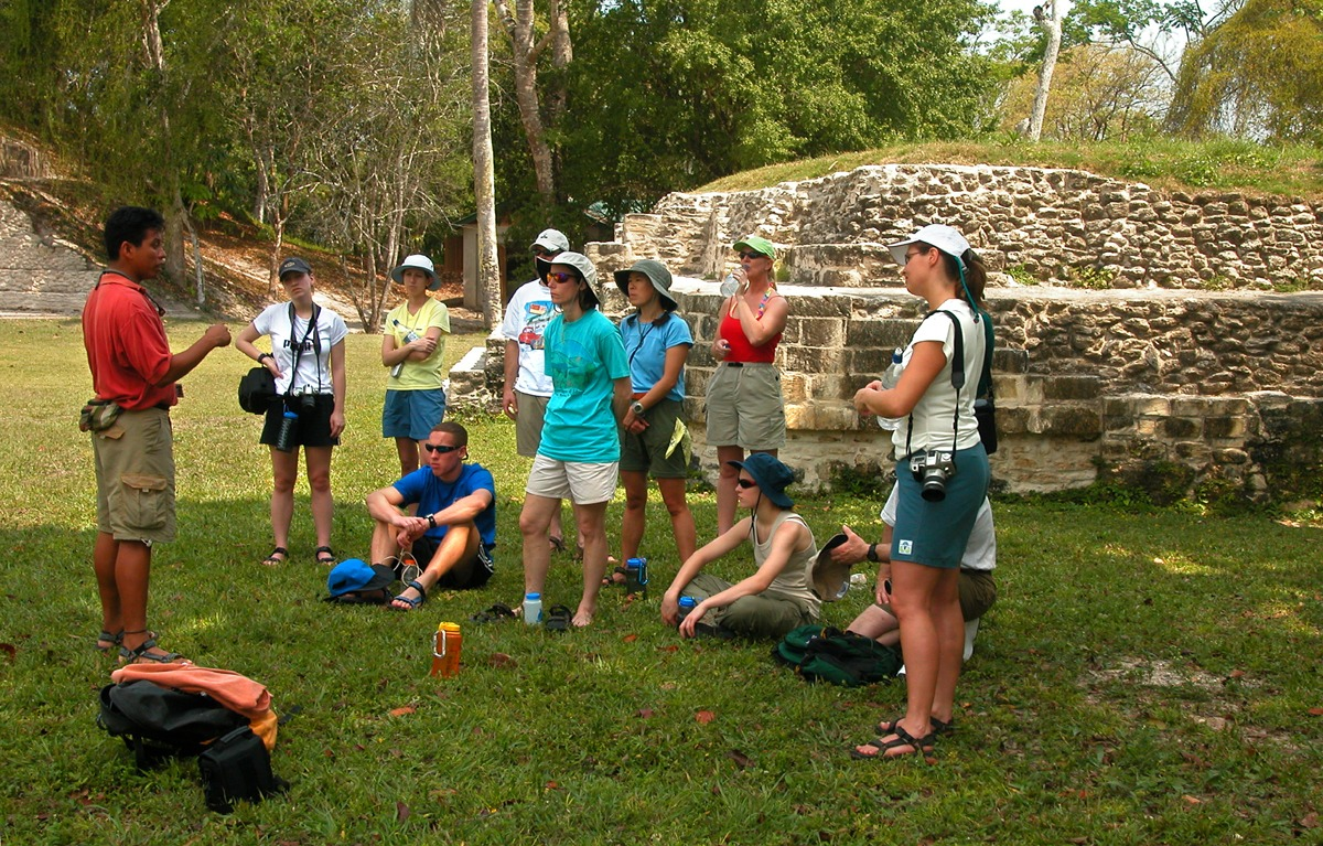 Our trip to Xunantunich is fully guided