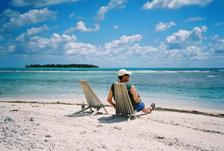 Relaxing in Belize, Glover's Reef Atoll