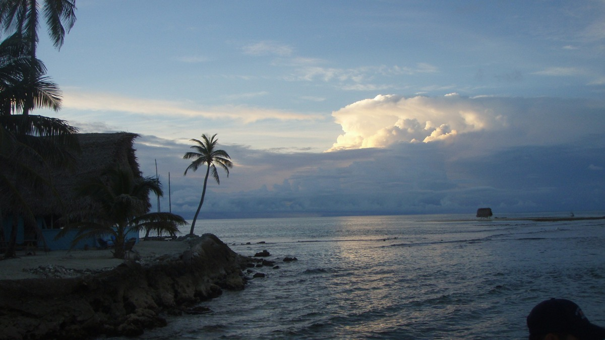 Storm approaching the island