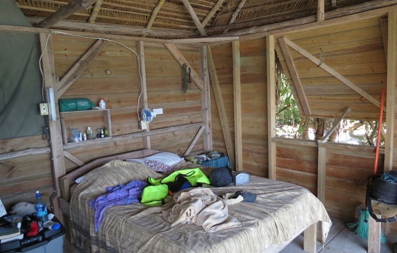 Sumo Love Shack, Long Caye at Glover's Reef in Belize