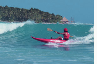 Kayak surf Belize