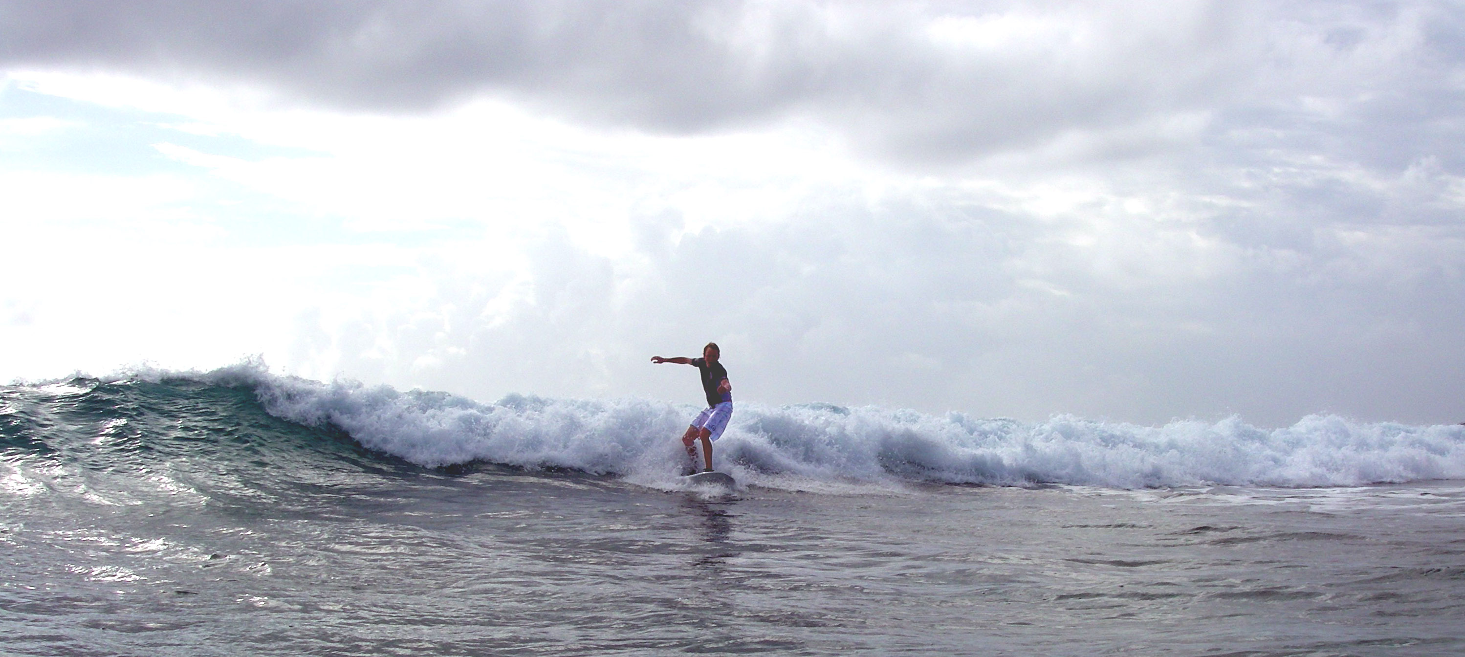 Belize surfing